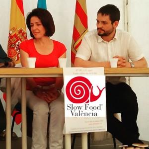 Irene Zibert de Slow Food Valencia y José Vte. Pérez Rocasolano de La Colmena que dice Sí